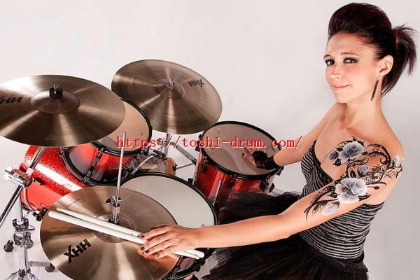 ドラム 女