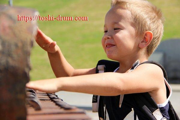 ドラム 子供 効果 練習